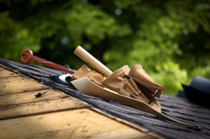 6 Signs-of-Roof Damage and 4 Safe Roof Inspection Tips